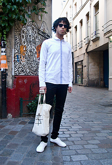 Surface 2 Air · Paris Streetstyle