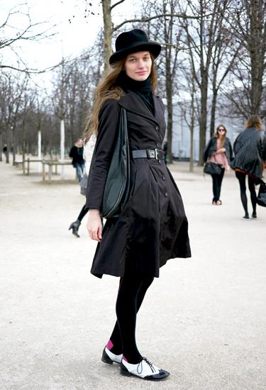 Total black look | Street trends