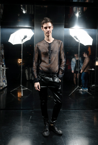 Niño Fixo wears Georgina Vendrell · LELOOK PARTY