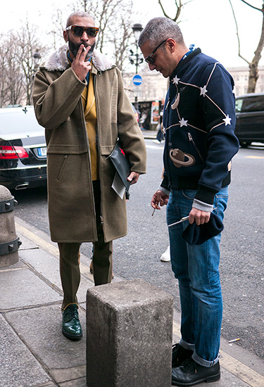 Men in 2016. Paris.