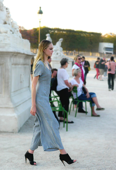 Retro Jumpsuit · Street fashion in Paris