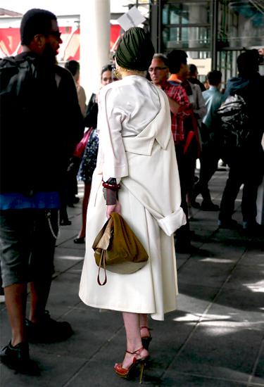 A new way for a coat