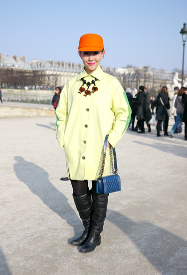 Paris Fashion Week StreetStyle | Riding hat inspiration