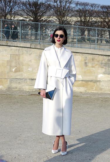 White Outfit | Paris FW StreetStyle