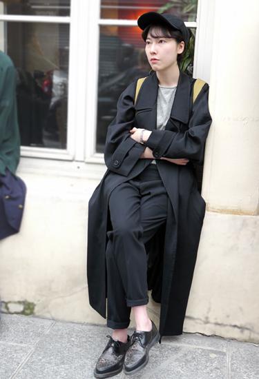 Black oversize coat by Kenzo