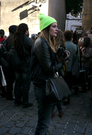 Paris Street Style | Green Hat
