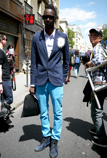 Montaigne Street · Paris Streetstyle