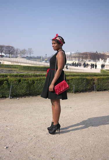 Black and red · Paris Streetstyle