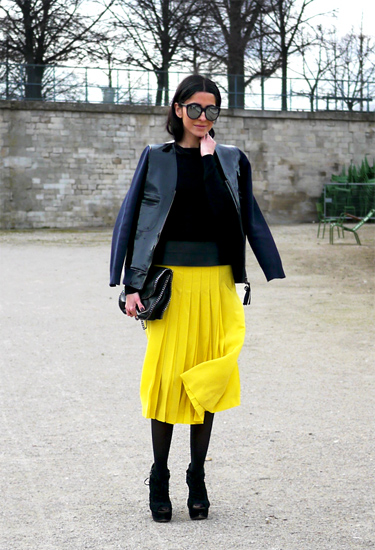 Yellow Skirt by Chloe | Streetstyle