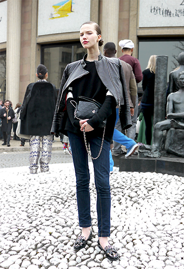 Model Off Duty | Sasha Luss