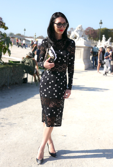 Stars and lace | Paris Streetstyle