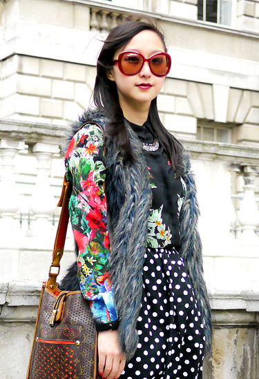 Miu Miu 70's inspiration sunglasses | London Streetstyle
