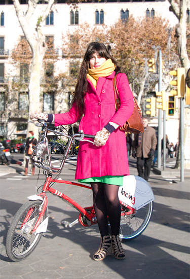 French girl in Barcelona · Streetstyle Barcelona