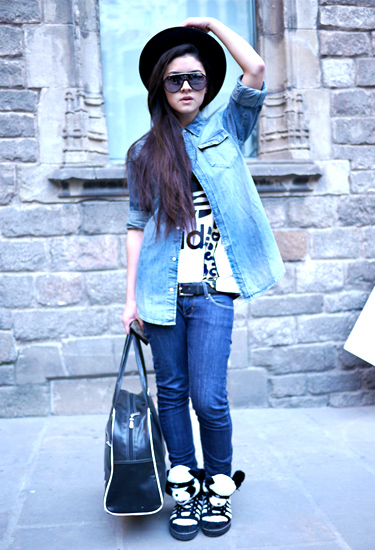 Susana Wang at 080 | Barcelona Streetstyle