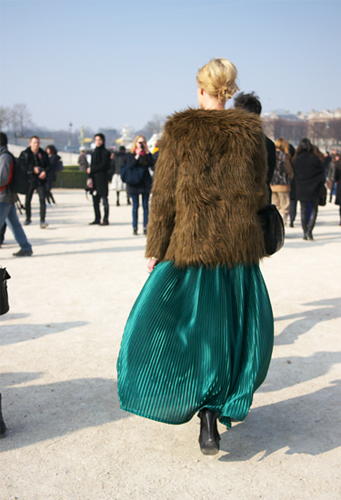 Pleats and Fur · Paris Streetstyle