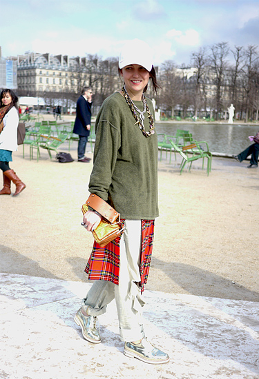 Tartan over skirt | Paris Trends
