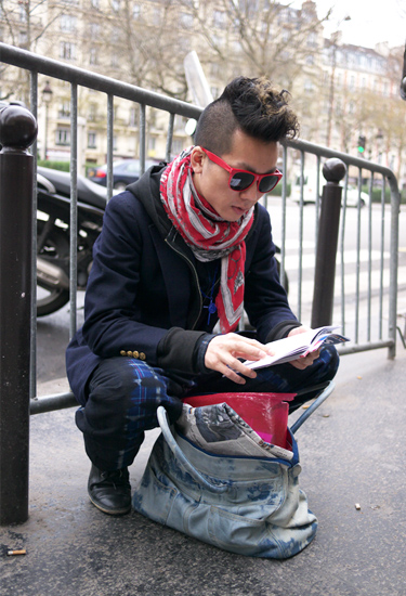 Red touch · Paris Streetstyle